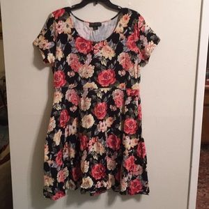 Forever 21 plus size dress NWOT size 3X